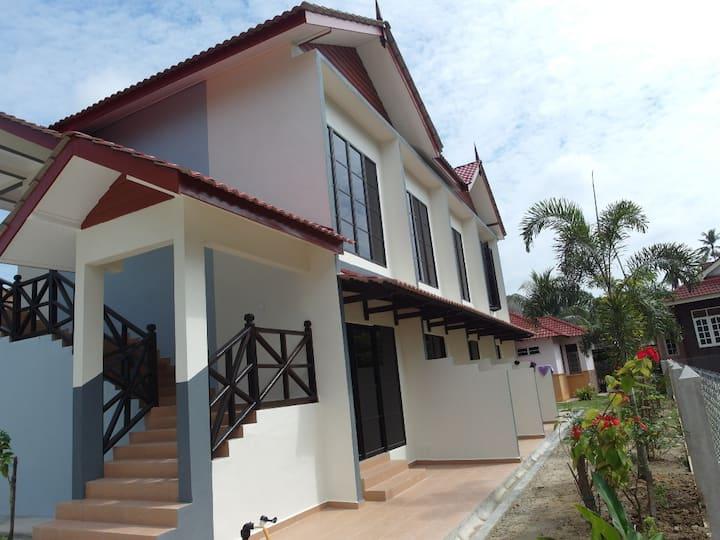 Kalong Bay Homestay - Villa 3 (Room 2)