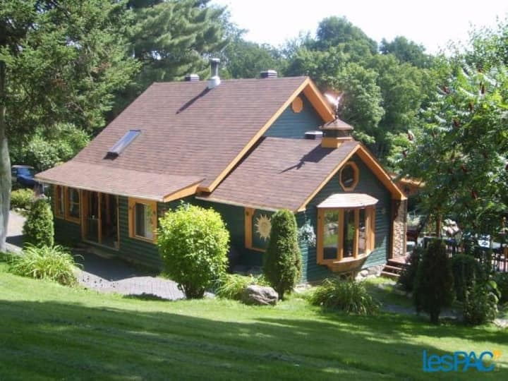 The Perfect Secluded Canadian  Getaway, Cloud # 9