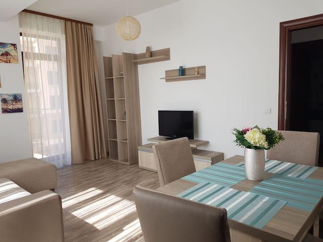 Summerland Beach&Sun Apartment Mamaia Nord