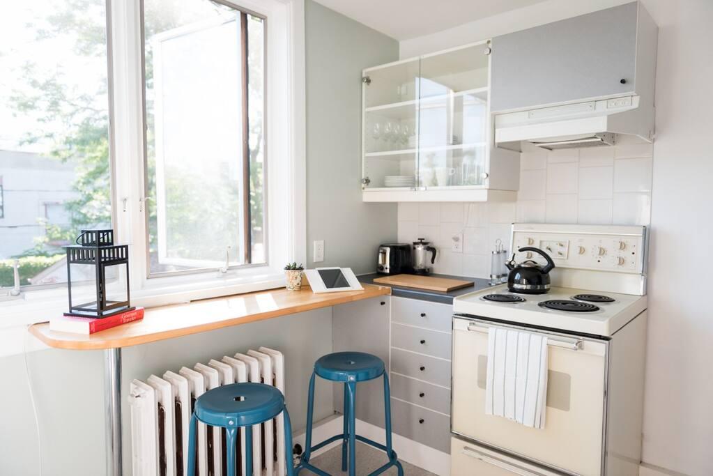 Kitchen View 1 - Breakfast Nook