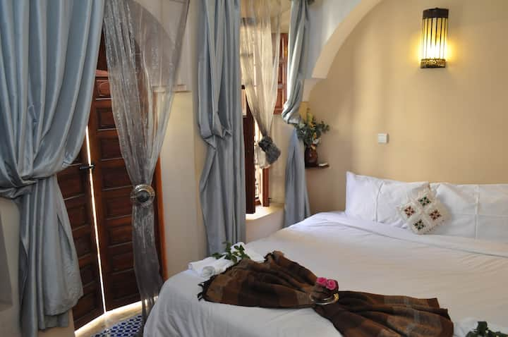 Comfortable room in the heart of the medina (Riad)