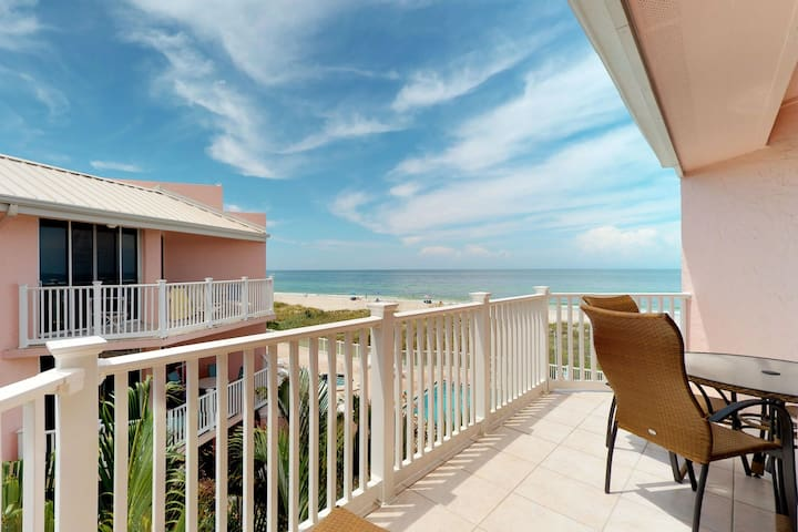 Direct Gulf front beach condo w/ private hot tub, shared pool, balcony views!