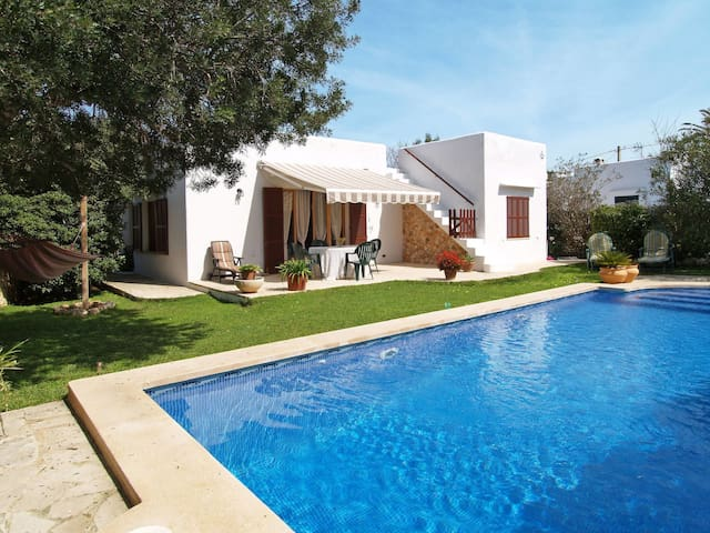 Holiday House Isabel for 4 persons in Cala Figuera