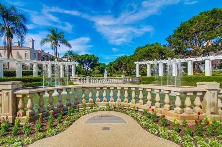 Poolside Renaissance Luxury