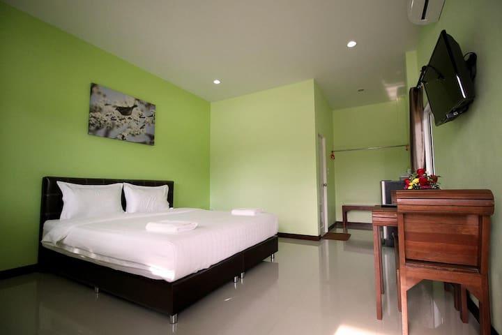 Khon Resort