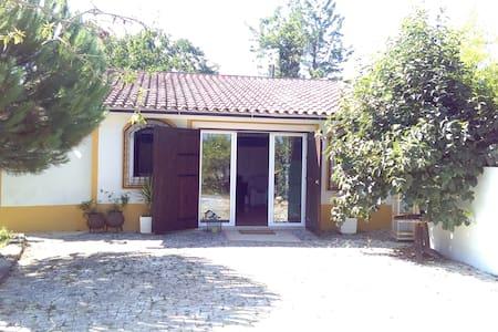 Quintal D'Avó - Cabanya