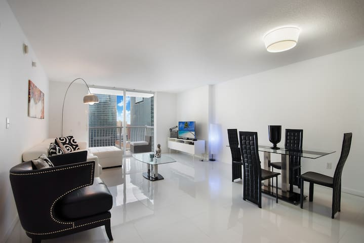 New 1 Bedroom -Downtown Miami Brickell The Club
