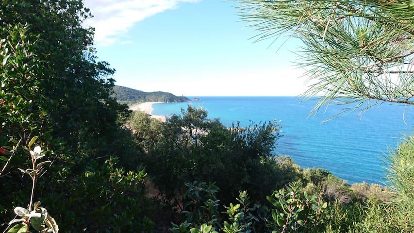 Magnifique logement entre mer et montagne.