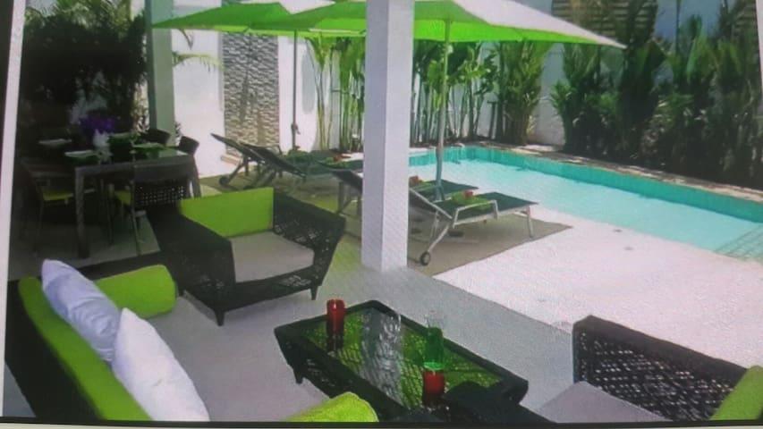 Superbe villa avec piscine privée - rawai - House