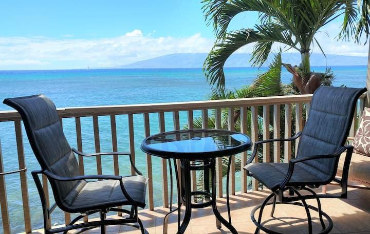 Oceanfront Bliss (direct ocean view) Maui.