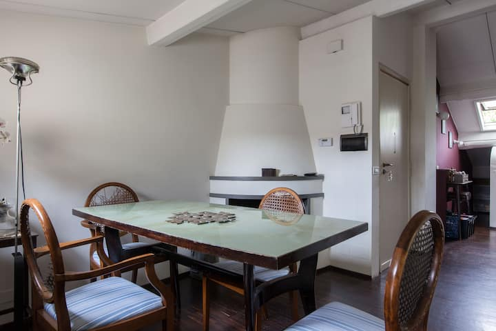 Attic Home/ Cozy flat