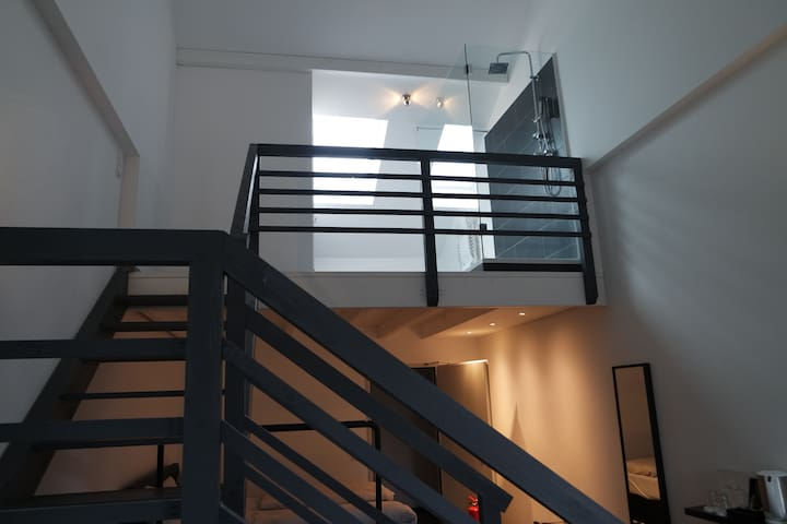 Cologne Loft 22