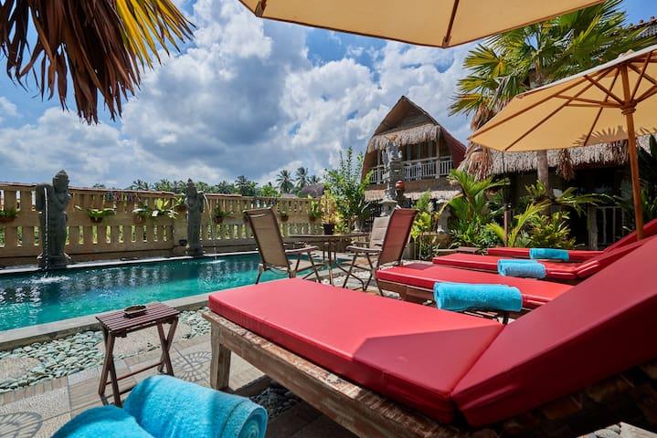 One Bedroom Bungalow in resort at Ubud ( Room 7)