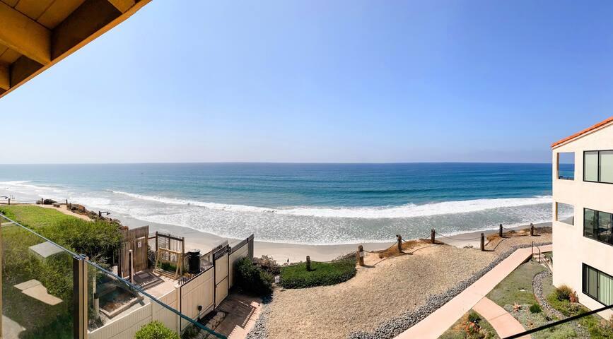 SEA + SOL - Oceanfront Condo, Beach Gear, Parking