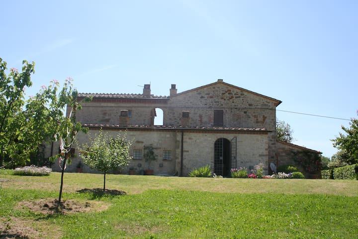 Casale a Montenero di Amelia - Amelia - House