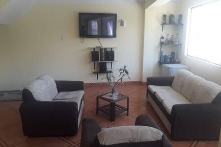 Alojamiento en Caraz cerca de Paron - Huascaran