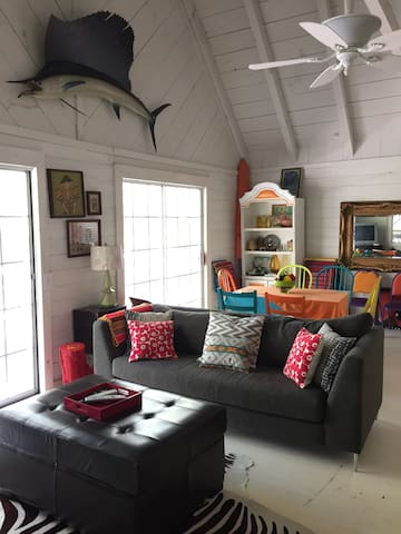 Bright & Cheerful Near Blue Ridge - Morganton - Ev