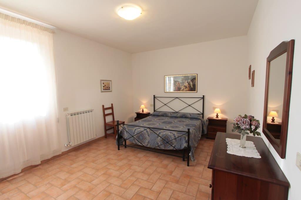 The first bedroom of Montegonfoli THREE.