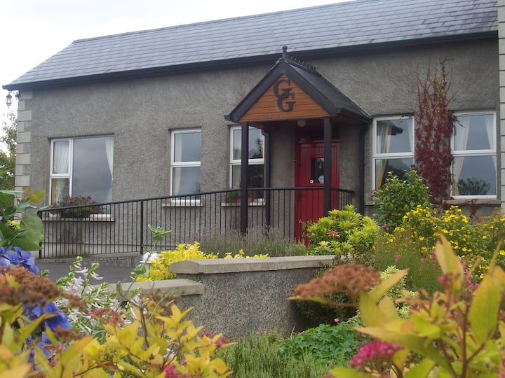 "The Grey Gables Self Catering ""Mullan's Corner"""