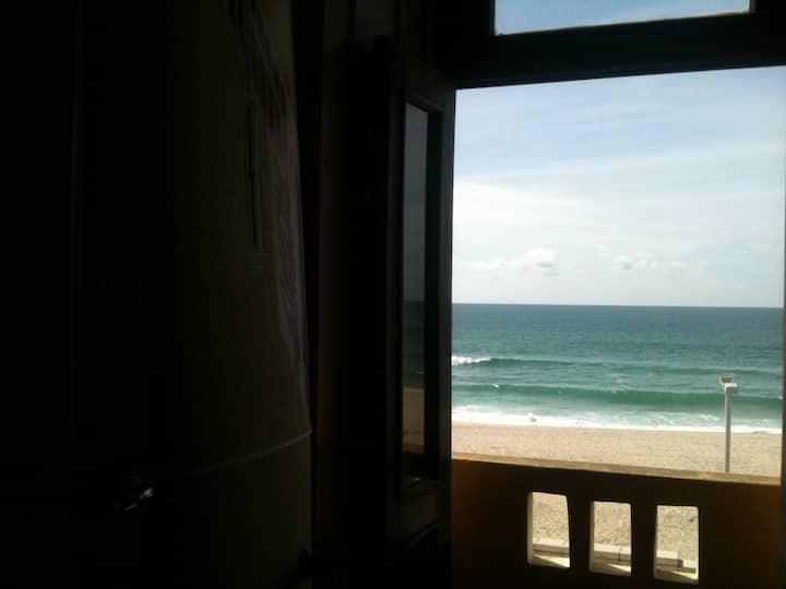 Ap6 - Apartamento com Vista Mar