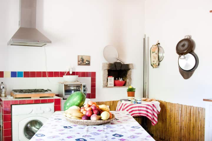 """B & B Stazzo in"""" the moon valley"""""""