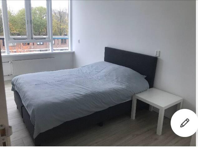 Mooie en Comfortabele Kamer in Rotterdam