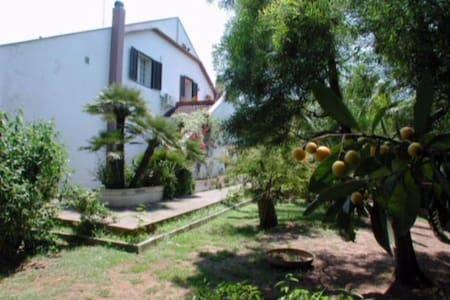 villa con piscina a lecce - Lecce
