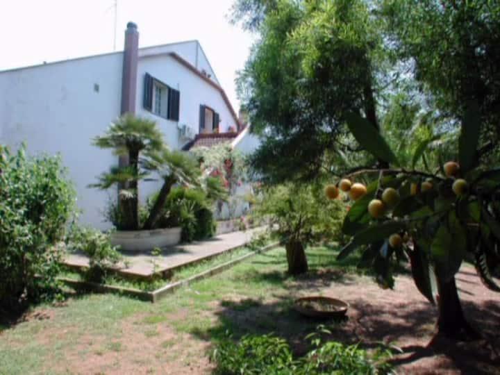 Dependance Villa in parco CIS LE07503591000013066
