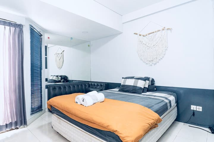 Easy, Cool & Downtown TamanSari Sudirman Studio