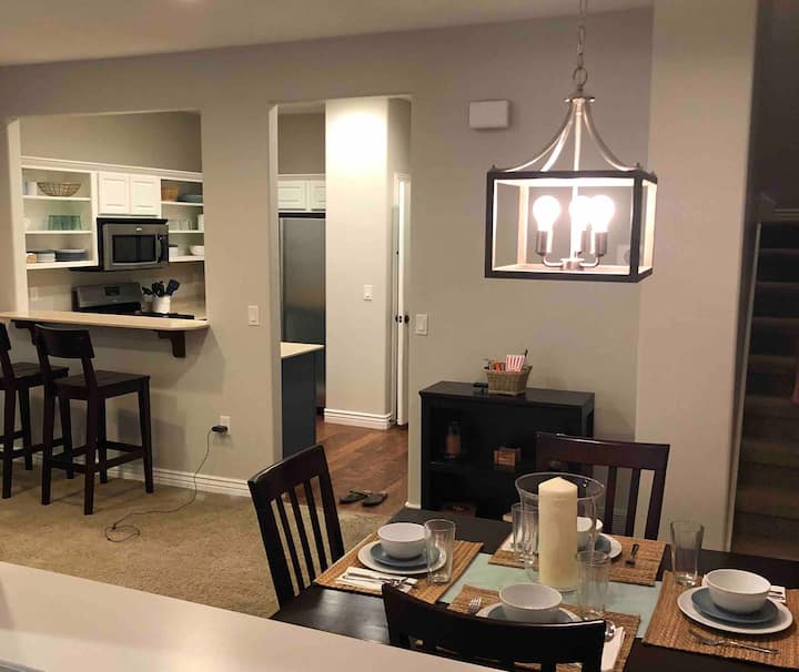 Deluxe Townhome Retreat at Silicon Slopes