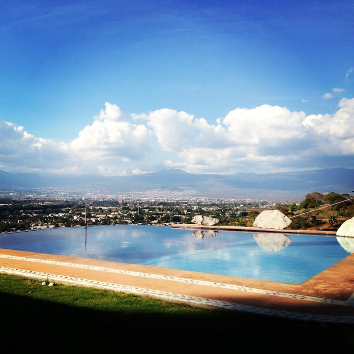 Infinity Pool Amazing View & Butler