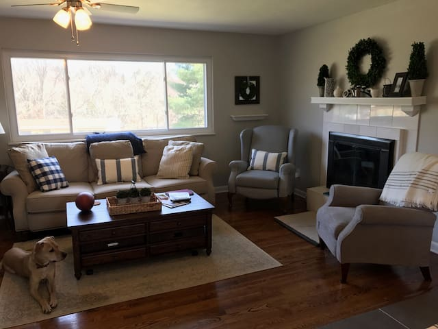 Great location! Full home with plenty of space!