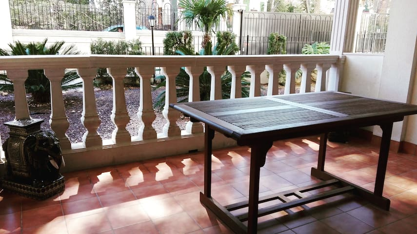 Casa con mucho encanto en Navajas - Navajas - Apartemen