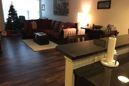 Modern Apt 35min Train to NYC - Maplewood