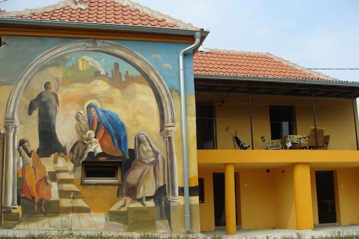 Obrenovac near Belgrade - Mislođin - Hus