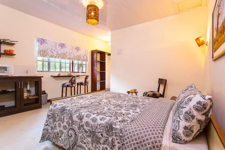 Muthoki Country Lodge - Studio Cottage