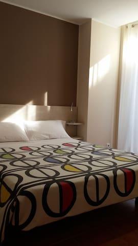 Acollidor apartament - Figueres - Condominio