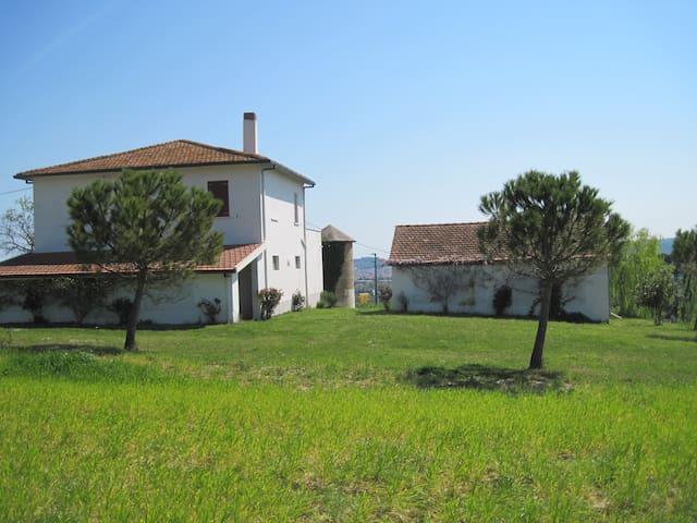 Casolare di campagna in collina  a Pescara - Spoltore