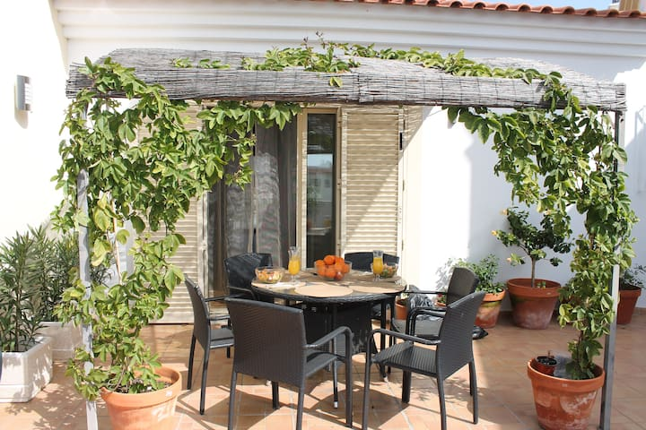 Albufeira loft with roof garden/BBQ - Albufeira - Apartment