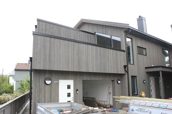 Ekslusivt ubrukt nytt hus for leie