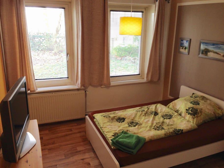 Zimmer 19 reeperbahn st pauli dz hostels zur miete in for Zimmer in hamburg
