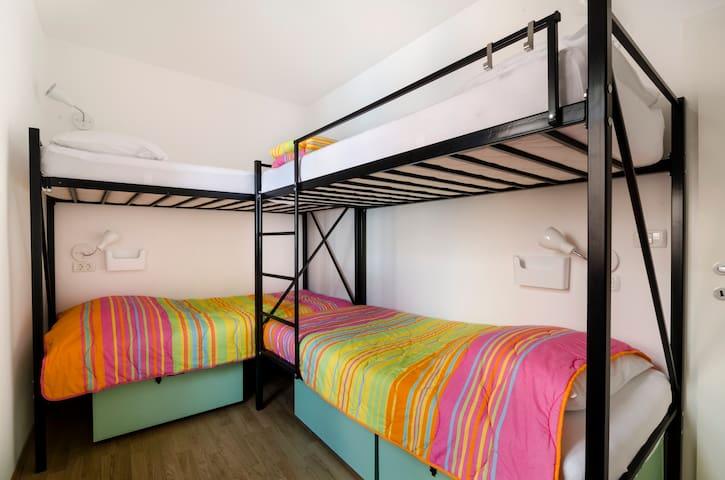 4 beds room - dorm