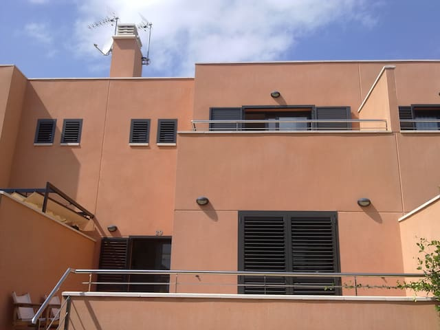 Family house close to the beach!! - Vendrell - Ev