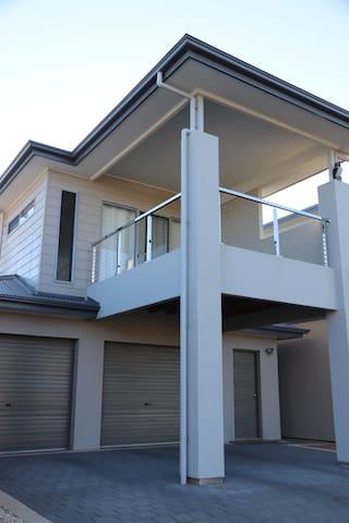 Luke's Beach House
