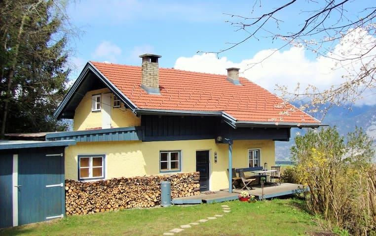 Häuschen mit Charme! - Grinzens - Hus