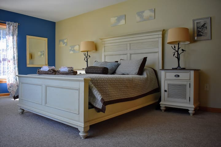 On the main floor you will find two large bedrooms with ample closets and sitting areas where you can enjoy a cup of coffee and a good book.