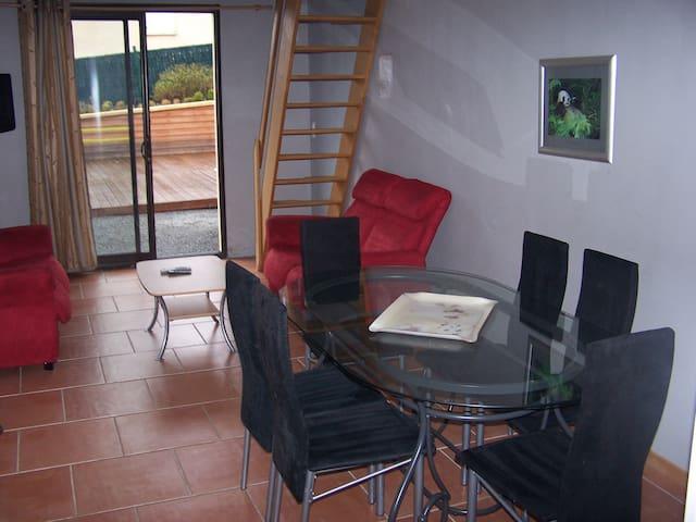 Résidence les courrèges - Vézac - Apartament