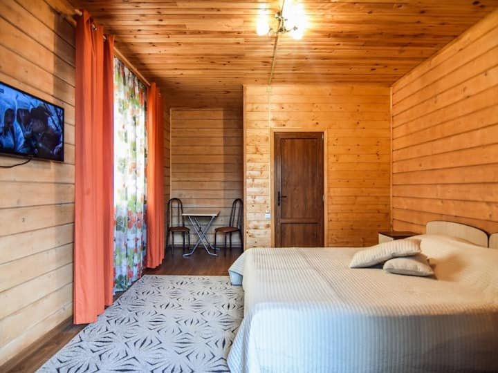 Double room, two single beds 90х220. Guest House Mama Jan