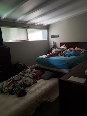 Bedroom 1 with added air mattress.
