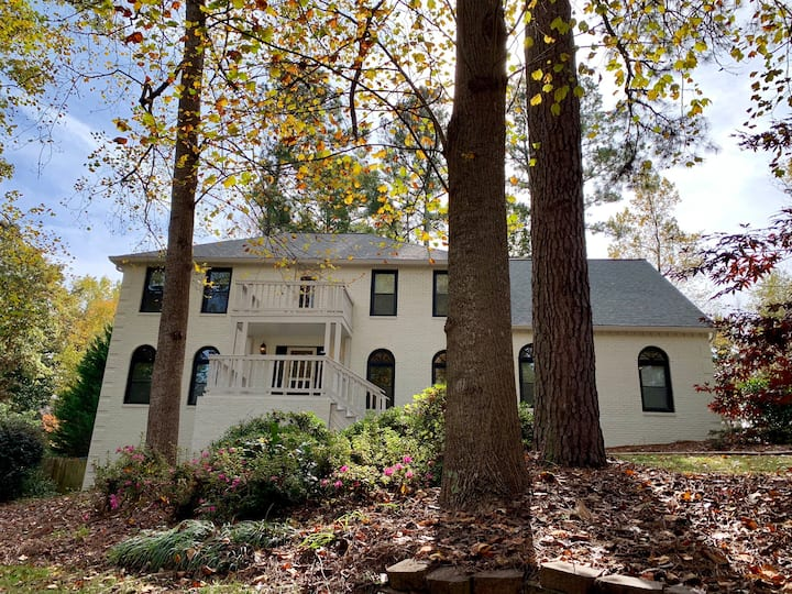 5 bedroom Historic Roswell house